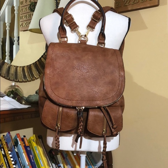 996dae8b08 NWOT SOLE SOCIETY Emery Faux Leather Backpack. M 5c37bdcac2e9fe8cb0e0a40b